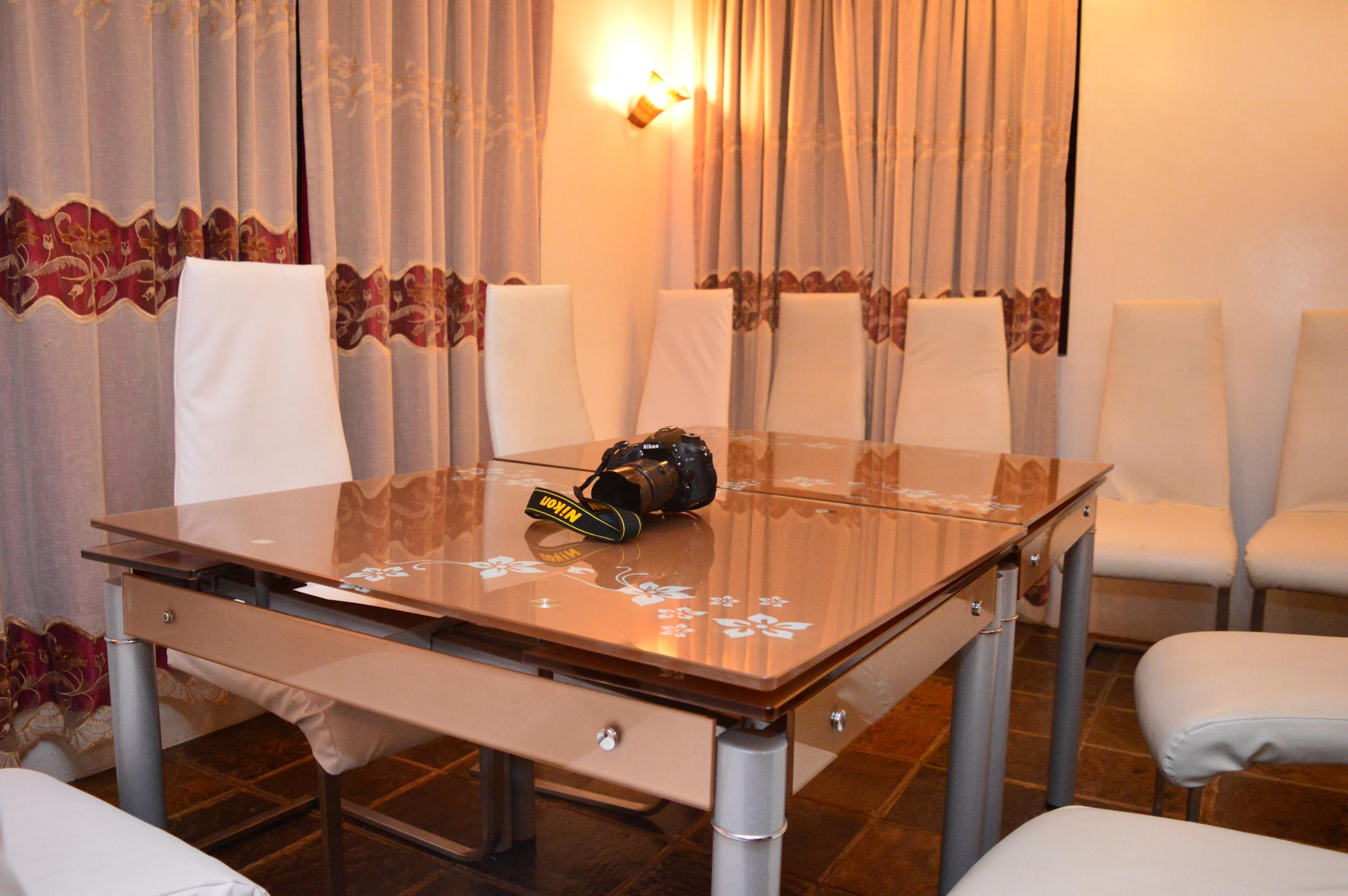 dinner table camera
