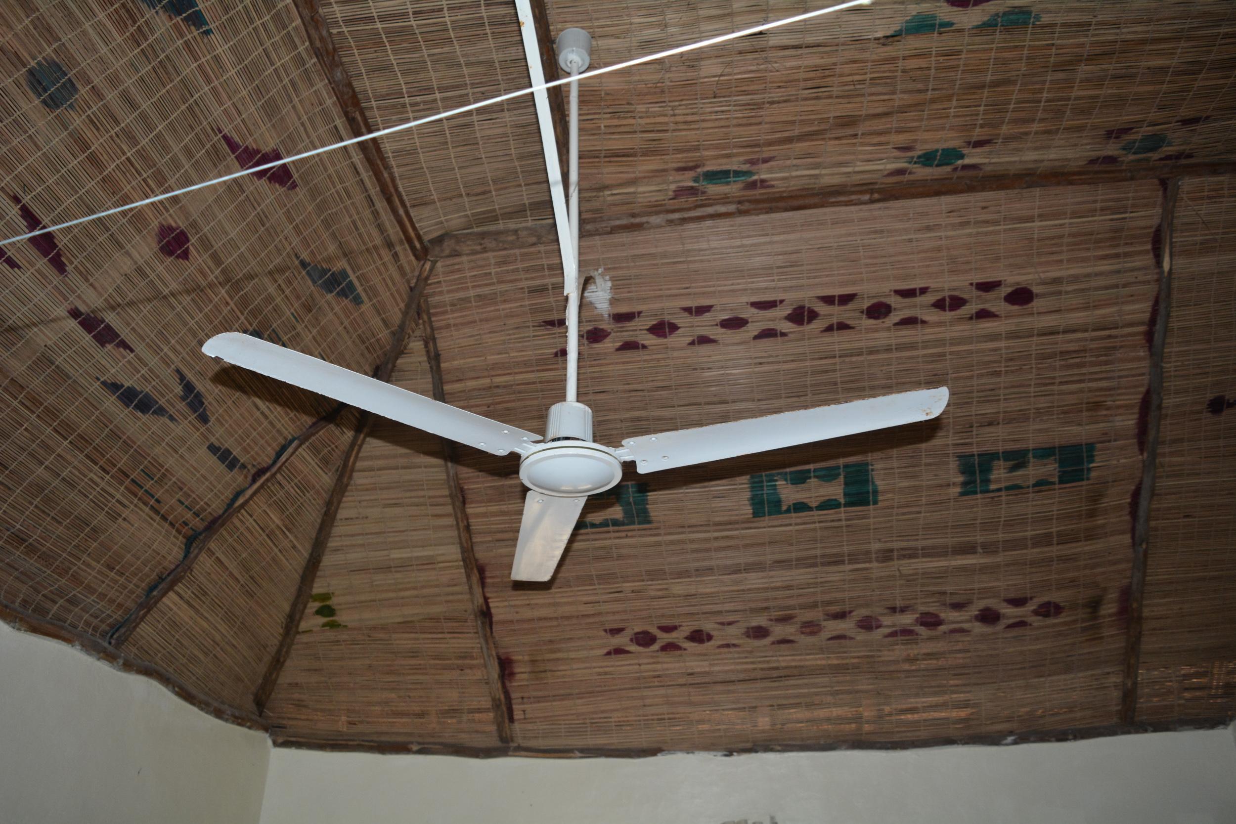 GR ceiling fan
